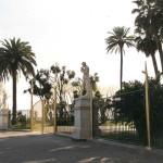 Ingresso della villa comunale a Napoli