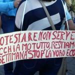 Manifestazione a Napoli contri rifiuti