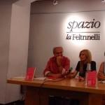 Anna Barbato presenta il suo libro alla Feltrinelli