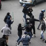 ++ C.Italia: tifoso ferito da colpo pistola; è gravissimo, anche agente ferito