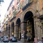 Napoli_-_Via_dei_Tribunali