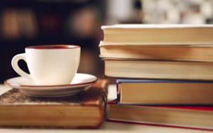 Portanova-Caffè-letterario-e-Book-Crossing-nel-centro-di-Napoli1-640x400