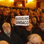 pubblico per Bassolino all'Augusteo